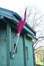 Latvijas Republikas karogs 4. maijā